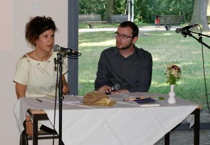 Kinga Tóth im Gespräch mit Mario Osterland (Foto: Julia Hauck)